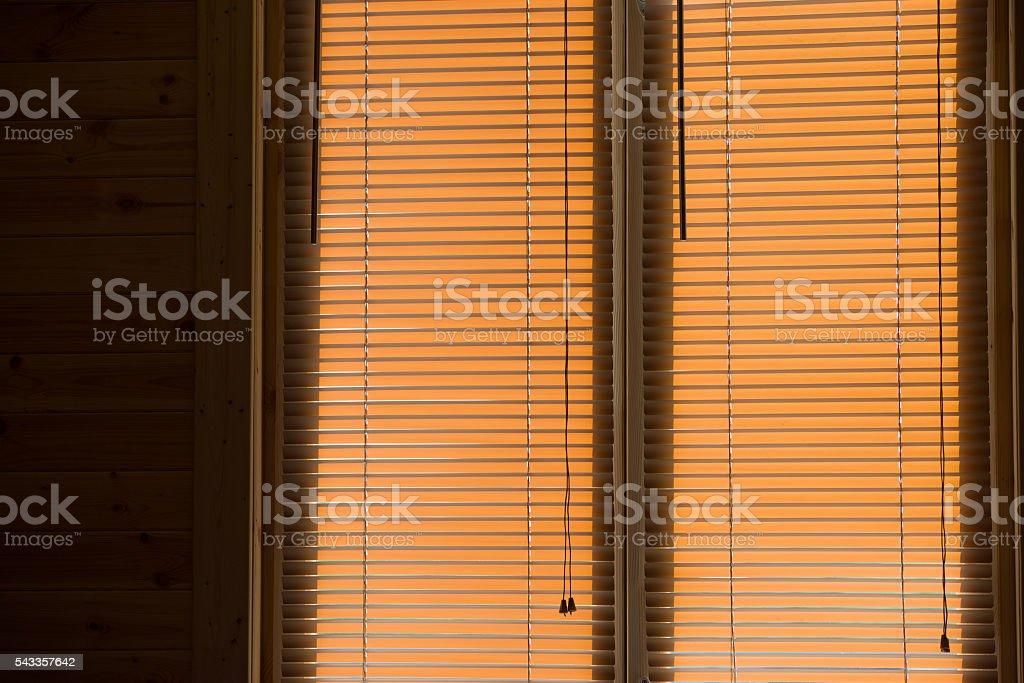 Деревянные окна Жалюзи стоковое фото