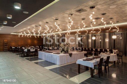 Woodland hotel - Elegant restaurant in a hotel