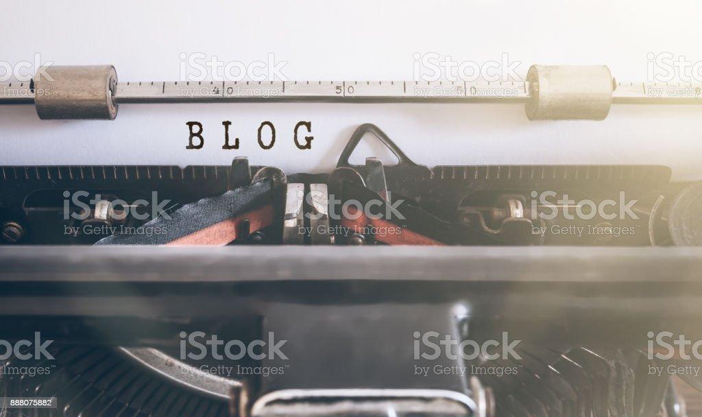 BLOG auf Vintage manuelle Schreibmaschine geschrieben Wort – Foto