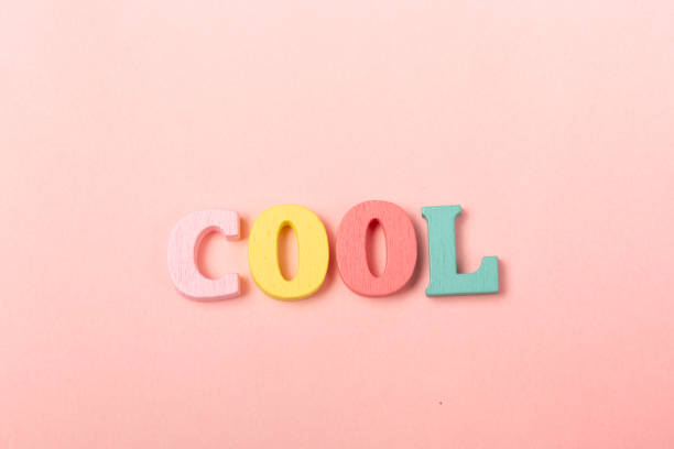 wort cool gemacht von kindern briefe - rosa zitate stock-fotos und bilder