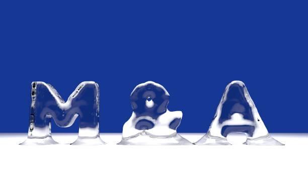 M & A Wort aus schmelzenden Eisbuchstaben – Foto