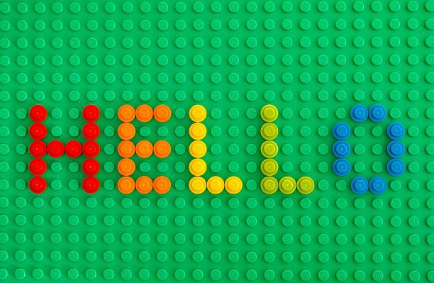 palavra olá autorizarem tijolos de lego ronda - lego imagens e fotografias de stock
