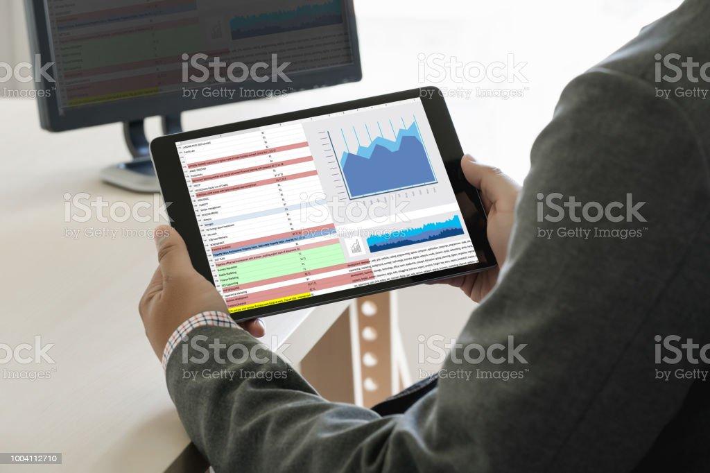 work hard Data Analytics Statistics Information Business Technology – zdjęcie