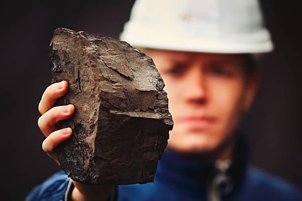 pracownik w kopalnia węgla - geologia zdjęcia i obrazy z banku zdjęć