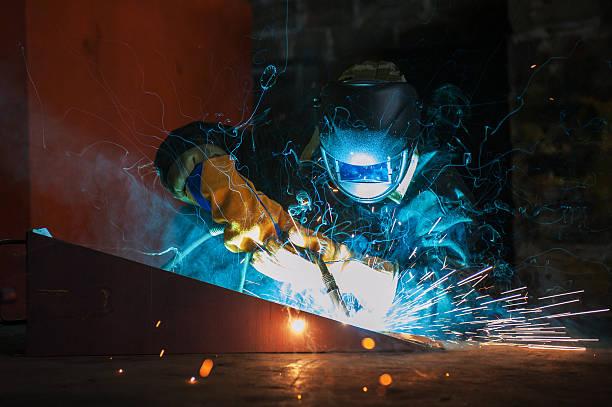 Arbeiter Schweißen Metall – Foto