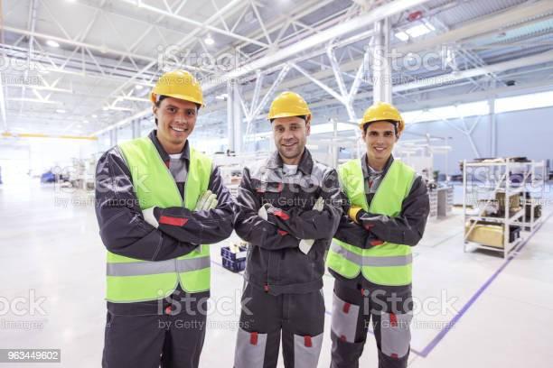 Pracownicy W Fabryce - zdjęcia stockowe i więcej obrazów Inżynier