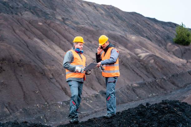 Arbeiter in Tagebau – Foto