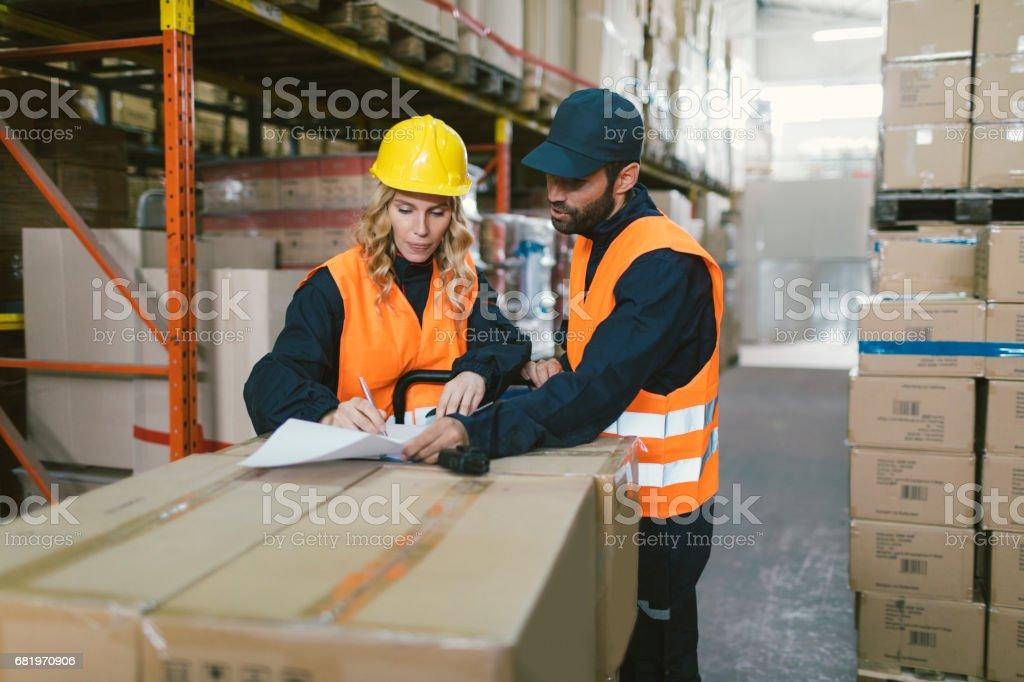 Adult merchandise warehouses foto 700