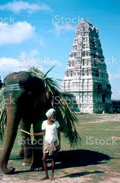 Working elephant with his Mahaut, Hampi
