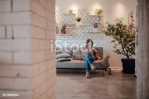 istock Working from home 922699094