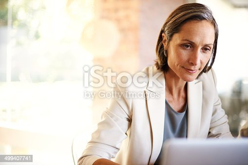 Shot of a mature businesswoman working at a deskhttp://195.154.178.81/DATA/i_collage/pu/shoots/784550.jpg