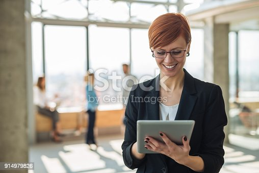 istock Working on a tablet 914979826