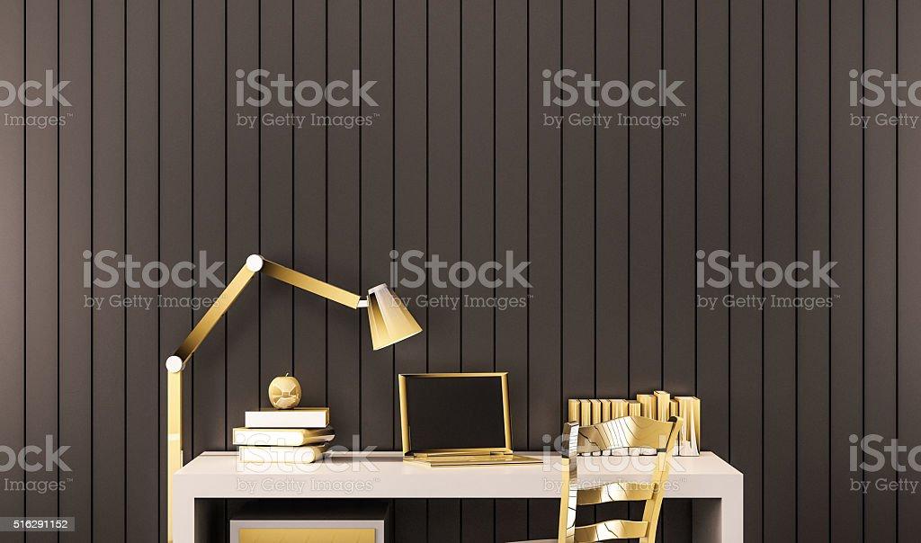 Espace de travail de luxe or objets sur un bureau de travail stock