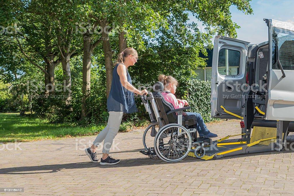 Conjuntamente con discapacidad - foto de stock