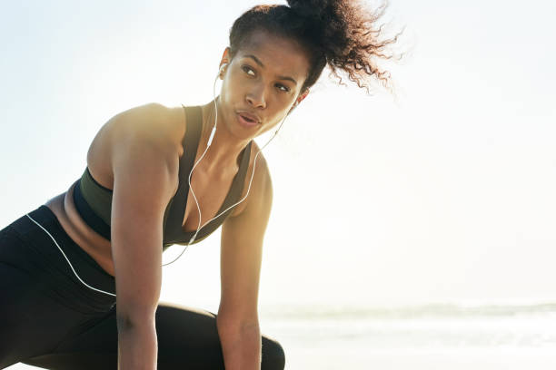 workout mode activated - lunge stock photos and pictures