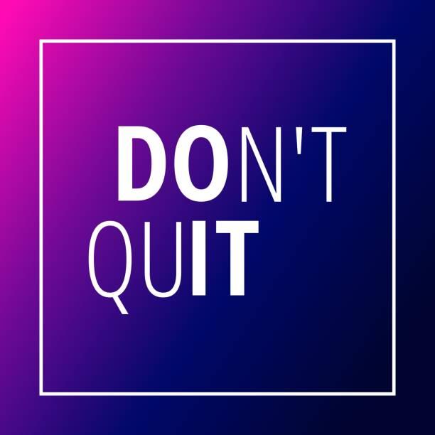 training motivation zitat auf blau rosa farbverlauf hintergrund - motivationsfitness zitate stock-fotos und bilder