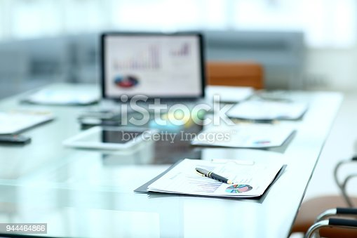 527033580istockphoto workplace of the businessman.photo with copy space 944464866