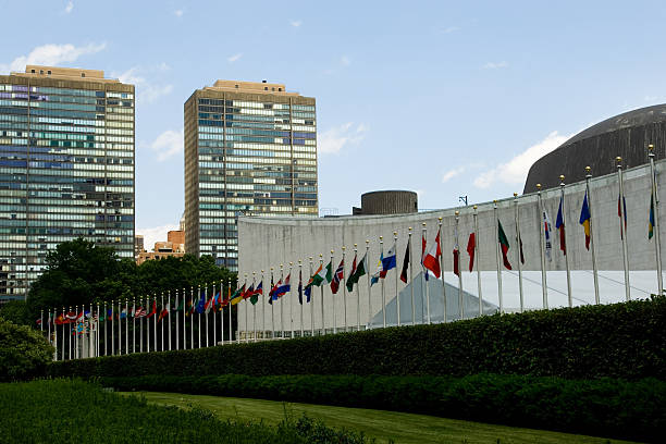 World flags in front of the united nations building picture id95780771?b=1&k=6&m=95780771&s=612x612&w=0&h=1 xdzolaff8teddgihw0sieu80szdkmijepz7ccjk 4=