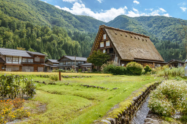 World Heritage site Shirakawago Scenery of the World Heritage site Shirakawago in Gifu, Japan satoyama scenery stock pictures, royalty-free photos & images