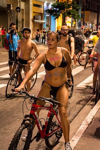 8 Th Welt Nackt Fahrradtour Stockfoto und mehr Bilder von