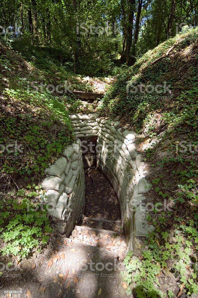 Wojny Światowej 1 Rów i tunelu w pobliżu Verdun, Francja – zdjęcie