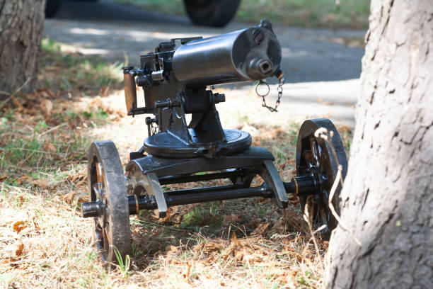 World War I Maxim gun - first recoil-operated machine gun World War I Maxim gun - first recoil-operated machine gun in history 1910 1919 stock pictures, royalty-free photos & images