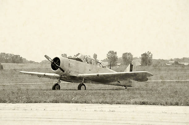 World War II airplane  airfield stock pictures, royalty-free photos & images