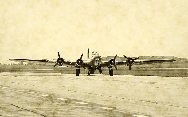 World War II American bomber  bomber plane stock pictures, royalty-free photos & images