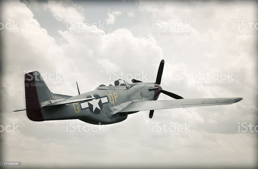 World War II TF - 51 Mustang dans le ciel-enfants - Photo