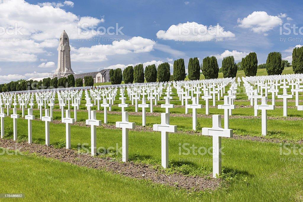 Pierwszej wojny światowej Cmentarz pod Verdun Francja – zdjęcie
