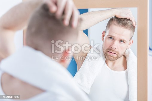 istock Worried about wrinkle 505801360