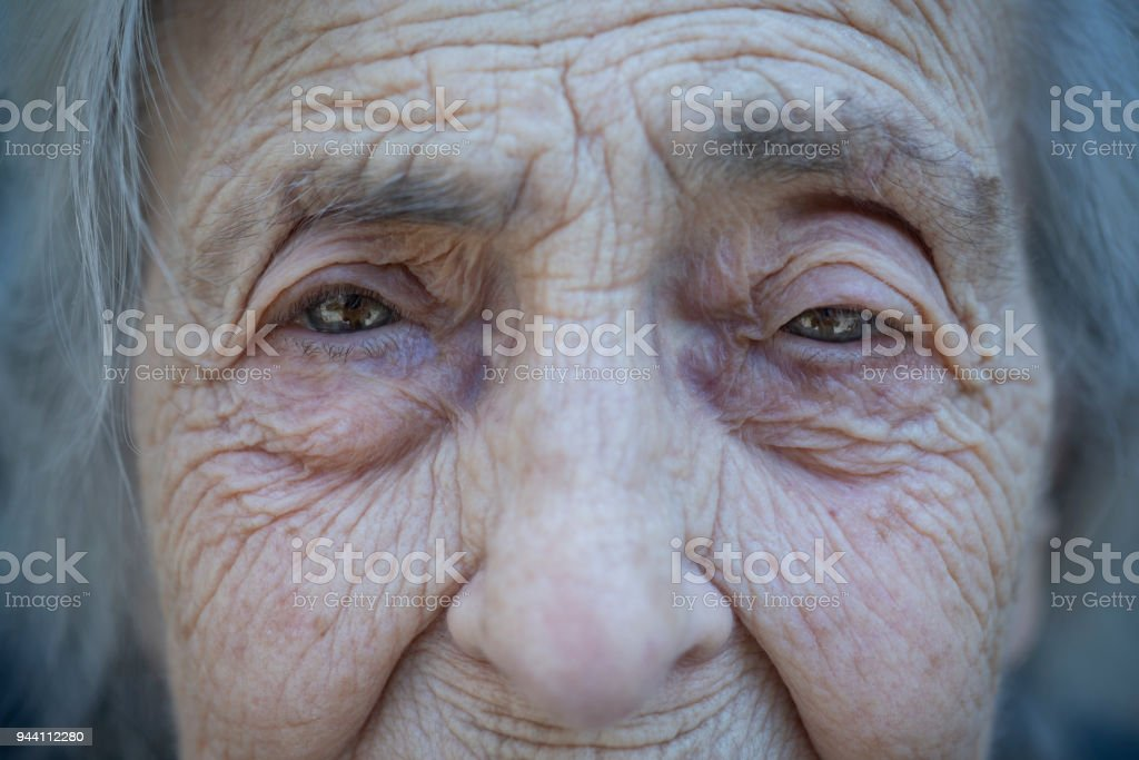 Worried and depressed senior woman - foto stock