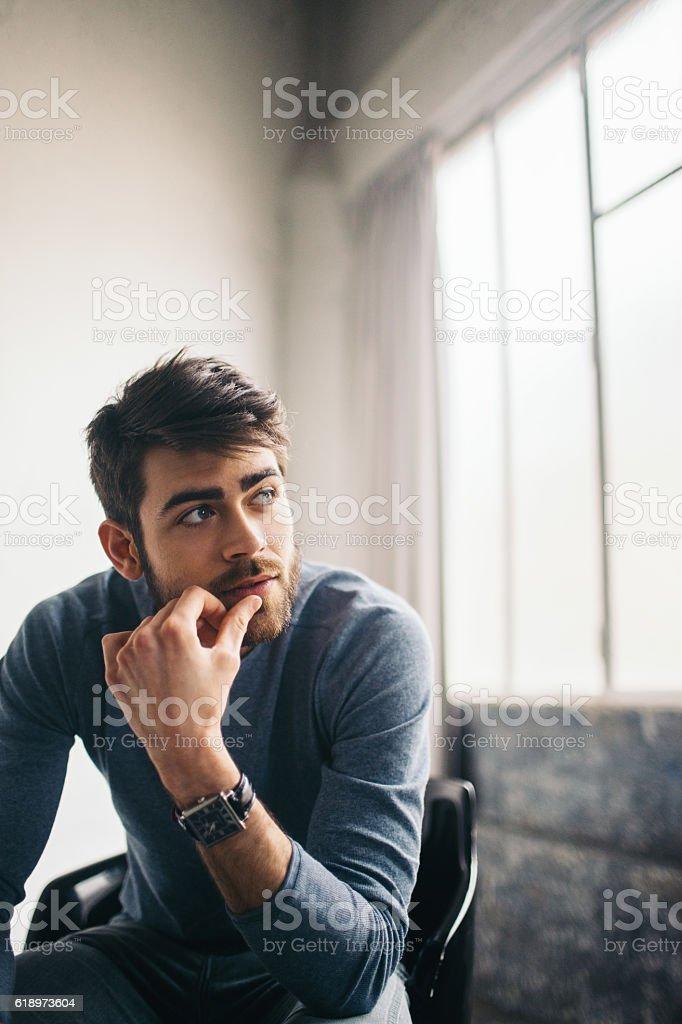 Besorgt junger Mann – Foto