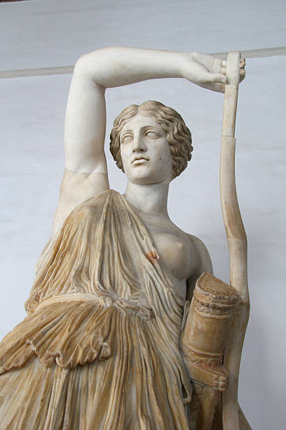"""Wounded Amazon In Roman mythology, Diana (lt. """"heavenly"""" or """"divine"""") was the goddess of the hunt, the moon and birthing, being associated with wild animals and woodland, and having the power to talk to and control animals. She was equated with the Greek goddess Artemis, artemis stock pictures, royalty-free photos & images"""
