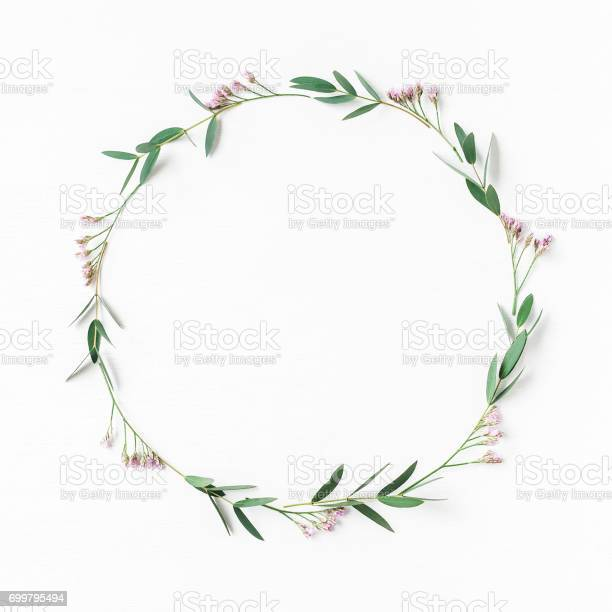 Wreath pink flowers eucalyptus leaves flat lay top view picture id699795494?b=1&k=6&m=699795494&s=612x612&h=yypbmfnfe2nuv46skv4za8yjrww58bmf hmu5xoufpi=