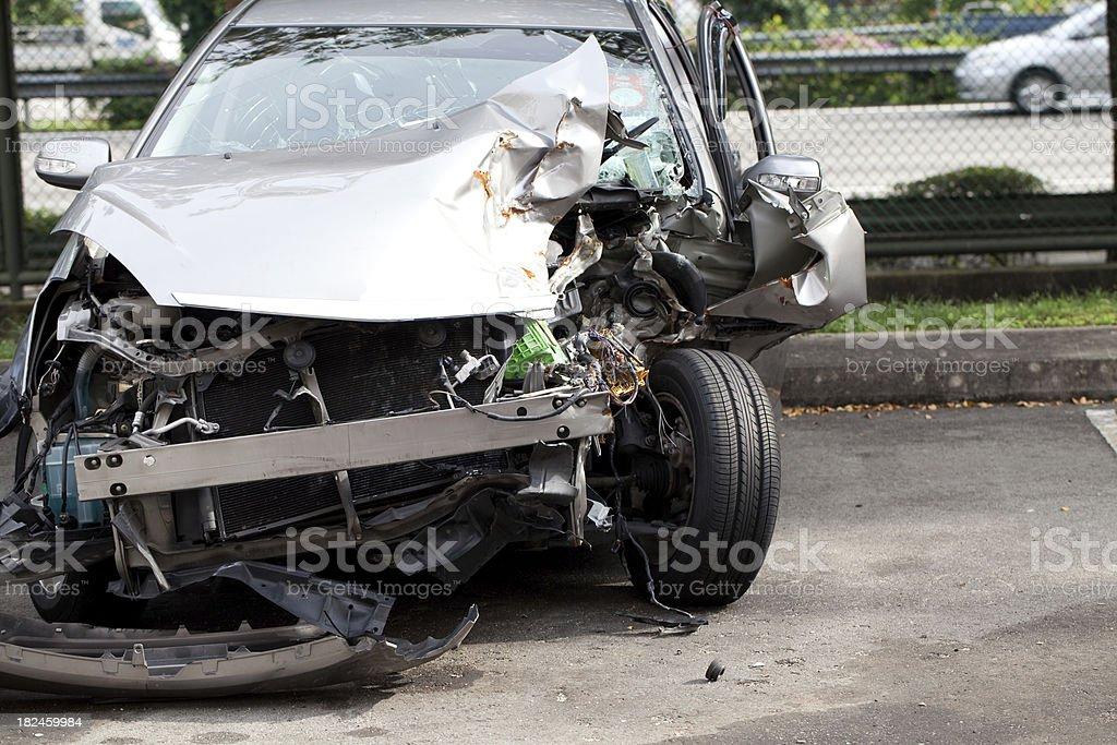 Wrecked Car foto de stock libre de derechos