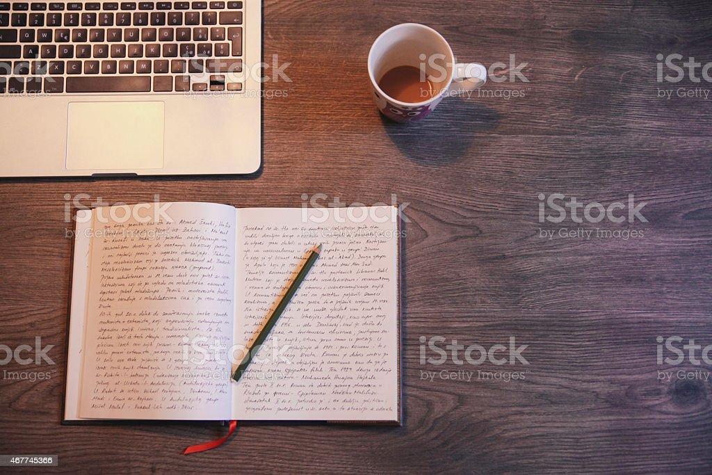 Ein Tagebuch schreiben – Foto