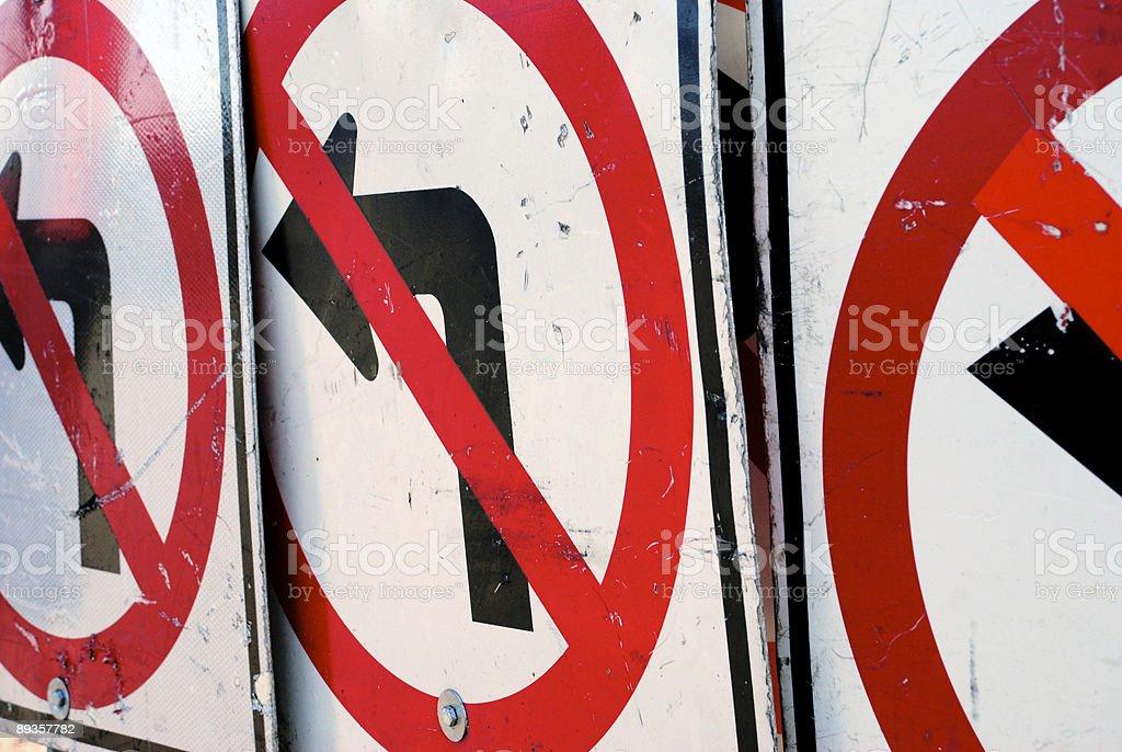 Wrong Turn-Three Signs royalty free stockfoto