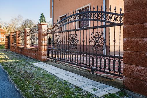 Schmiedeeisernen Zaun Stockfoto und mehr Bilder von Alt