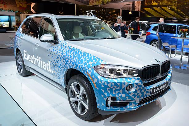 bmw x5 xdrive40e phev plug-in-hybrid-suv auto - bmw x5 stock-fotos und bilder