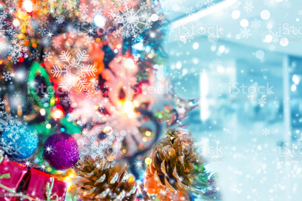 Colorful Christmas Tree Images.Xmas Background Colorful Christmas Tree With Ornaments
