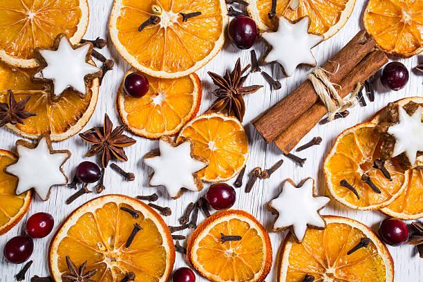 decoración de navidad - - clavo especia fotografías e imágenes de stock