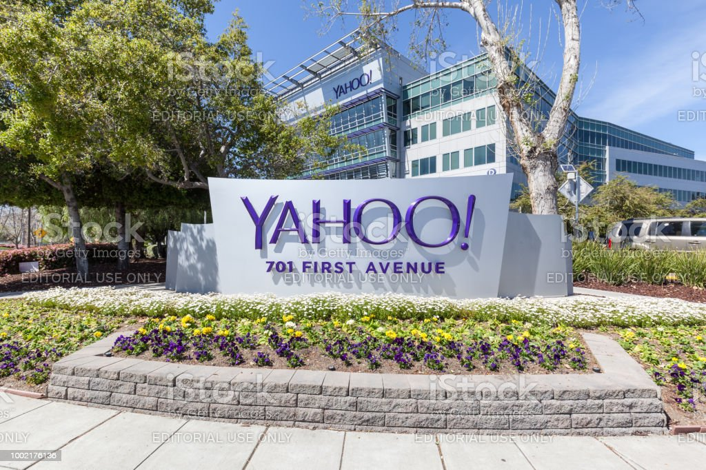 Yahoo S Headquarters In Silicon Valley Stock Photo