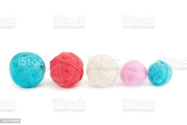 Yarn in balls isolation on a white background picture id654949988?b=1&k=6&m=654949988&s=612x612&h=pa lulwbyz17zgcnailita39avattk50os5gwh5mt4s=