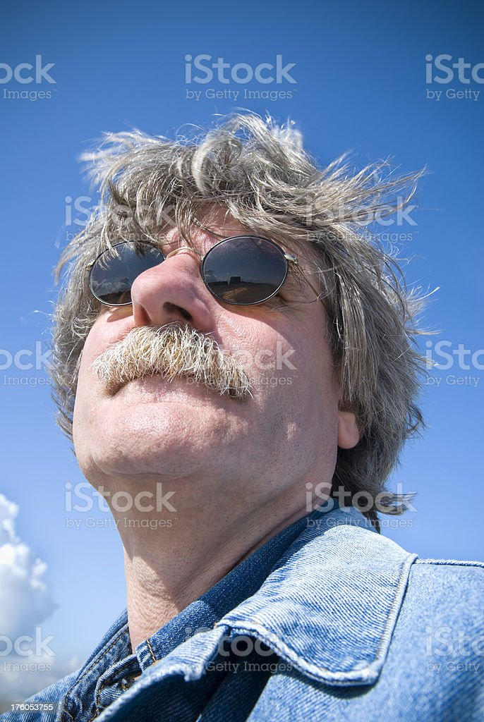 Gris Homme Lunettes Cheveux Ans De 50 Photo Stock Soleil 6byY7gfv