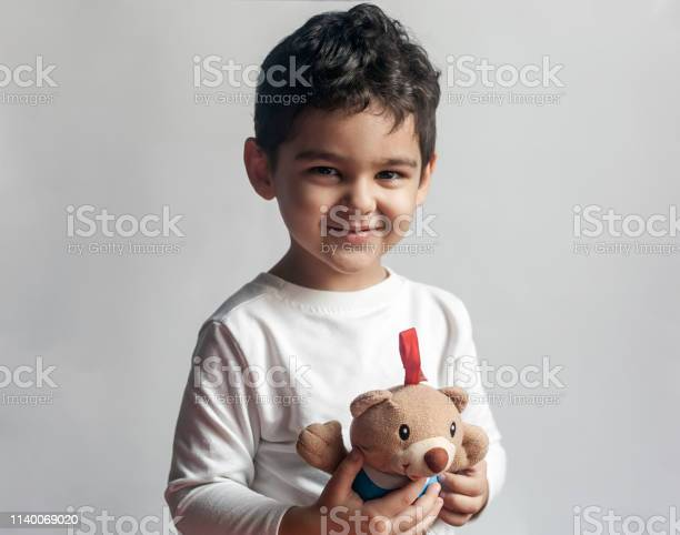 Years adorable little kid boy playing with plush bear toy picture id1140069020?b=1&k=6&m=1140069020&s=612x612&h=b6zvjhyezked1738ysuewdq6mff bw48fpt 4ngsbgq=