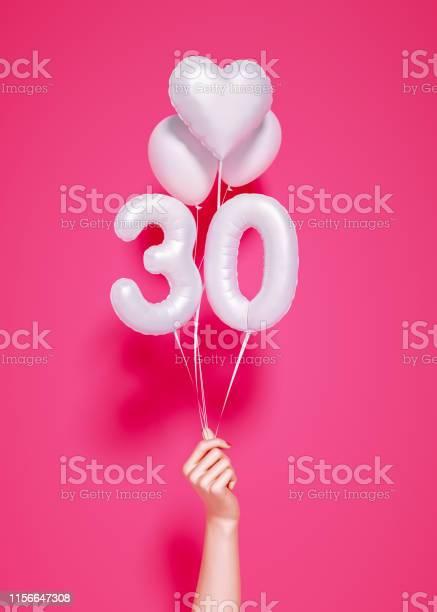 30歳創立30周年 - 30-34歳のストックフォトや画像を多数ご用意