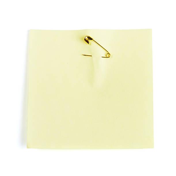 Żółty Karteczka samoprzylepna związane z bezpieczeństwem pin – zdjęcie