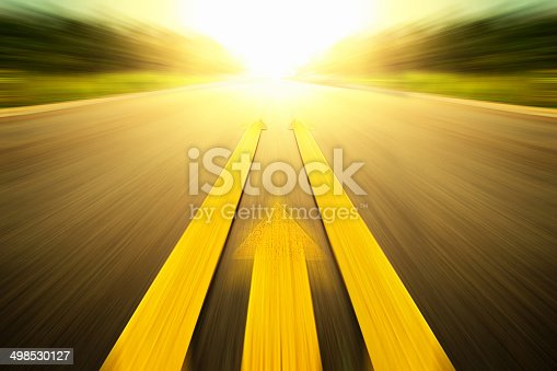 istock Yellow arrow Line exceeding on the road. 498530127