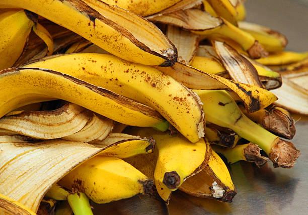 yellow banana peels just Peel to store organic waste many yellow banana peels just Peel to store organic waste banana peel stock pictures, royalty-free photos & images